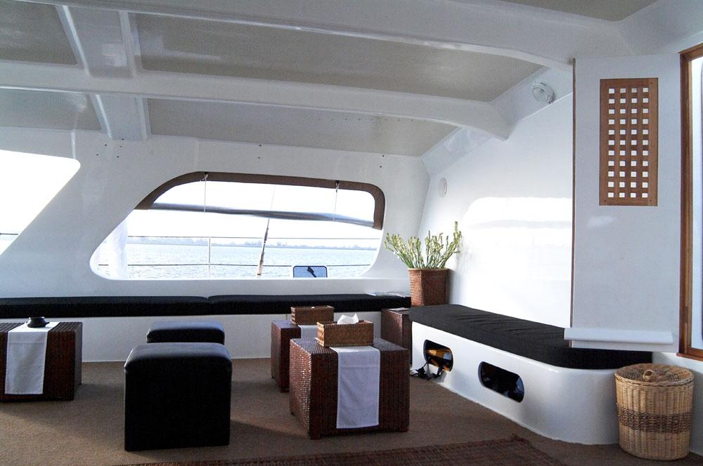 Sailing-Interior